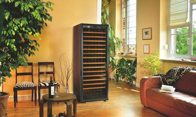 EuroCave Classic Wine Cabinet V283 Wine Fridge Lounge Room