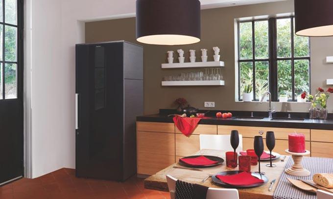 EuroCave. Designer Wine Cabinet.  Black Door Finish.  EuroCave Collection.