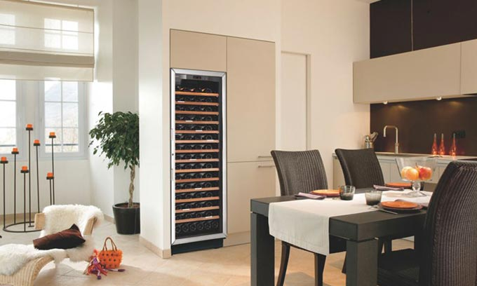 EuroCave Built In Wine Cabinet.  Ultimate Entertainer!  Multi Temp S259.