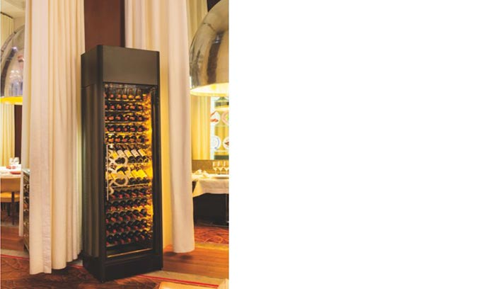 EuroCave.  Wine Cabinet.  For Sommeliers and Wine Professionals.  9000 Series ShowCave.